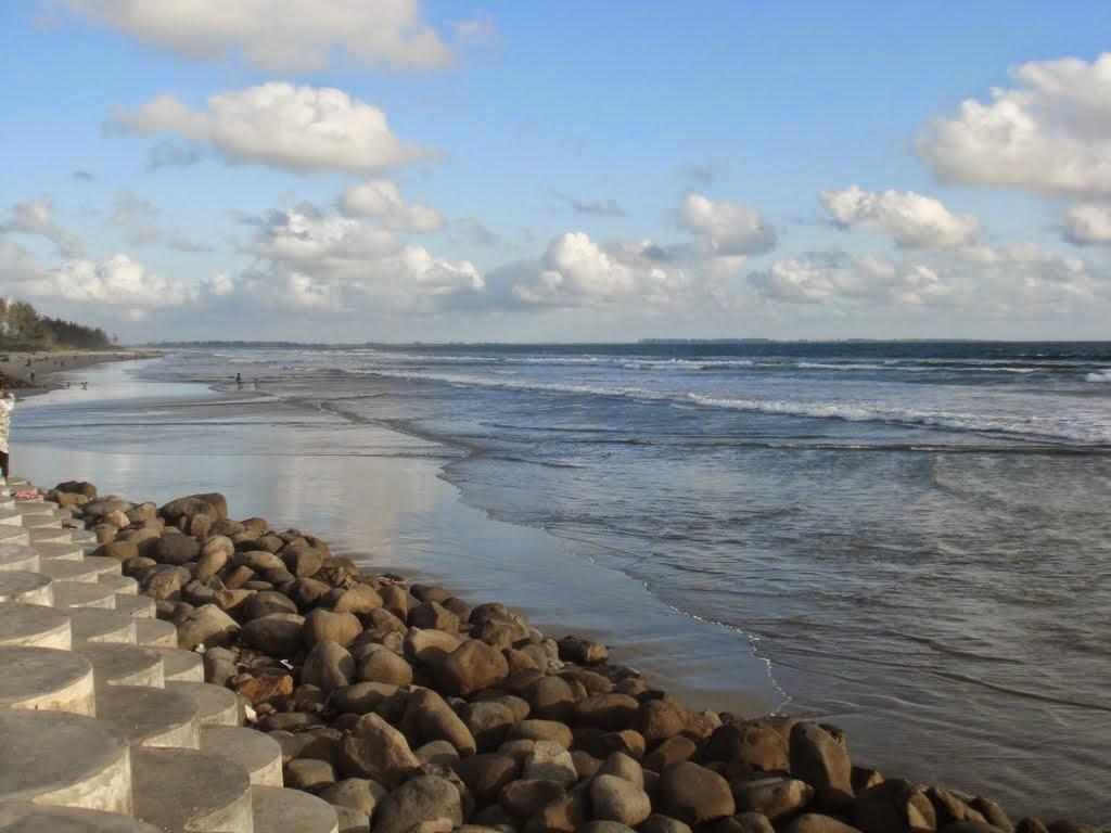 Pantai Panjang Putri Gading Cempaka