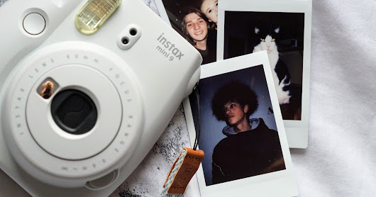 Instax Mini 9 Polaroid Camera Review