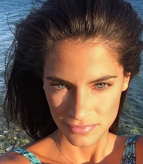 christina-mpompa-magio-bikini-mykonos-8