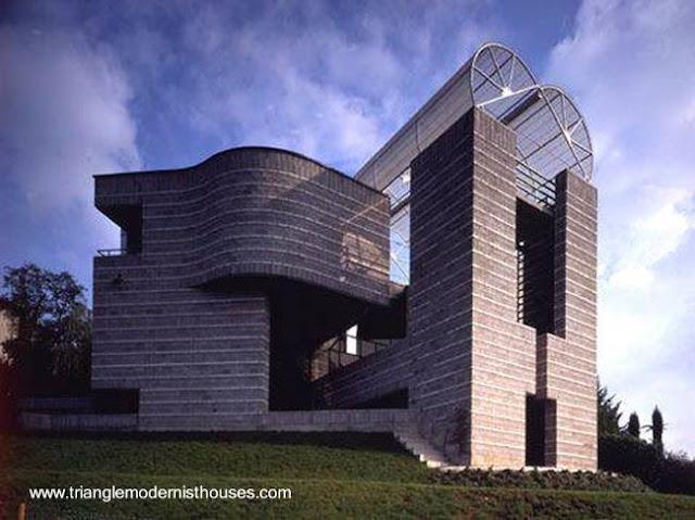 Casa residencial de estilo arquitectónico Posmoderno en Suiza
