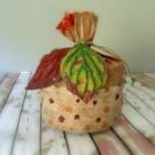 http://milmanualidadesfaciles.blogspot.com.es/2016/12/empaquetado-con-hojas-secas.html