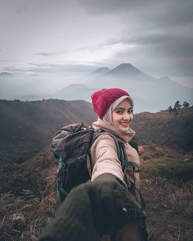 Pendaki gunung itu penyayang - foto instagram aden_curve