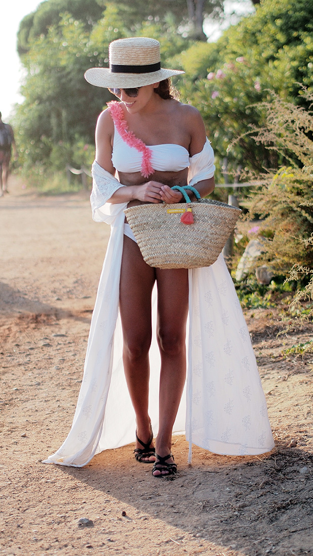 Beach style - White bikini with flowers, white zara dress, straw hat, straw bag. Casual