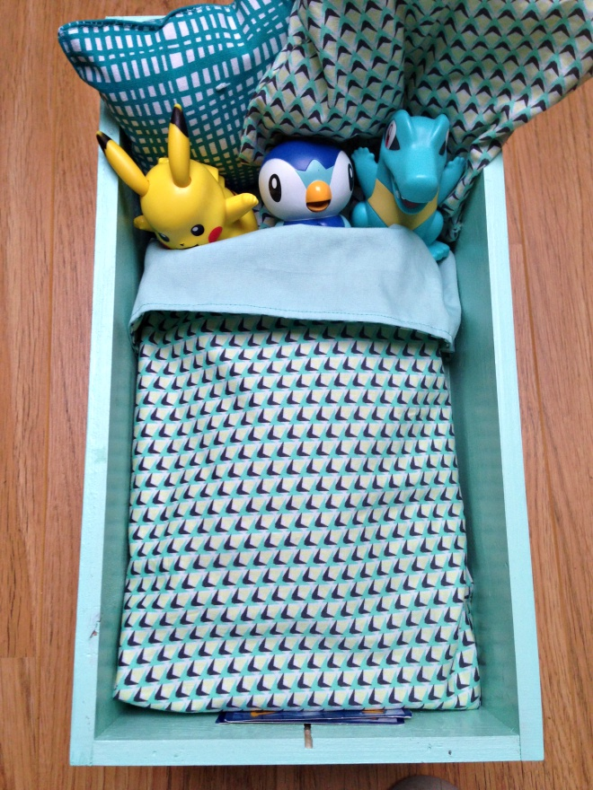 Genoeg NaaiSGerief: Juul maakte een bedje voor zijn Pokemons @IL01