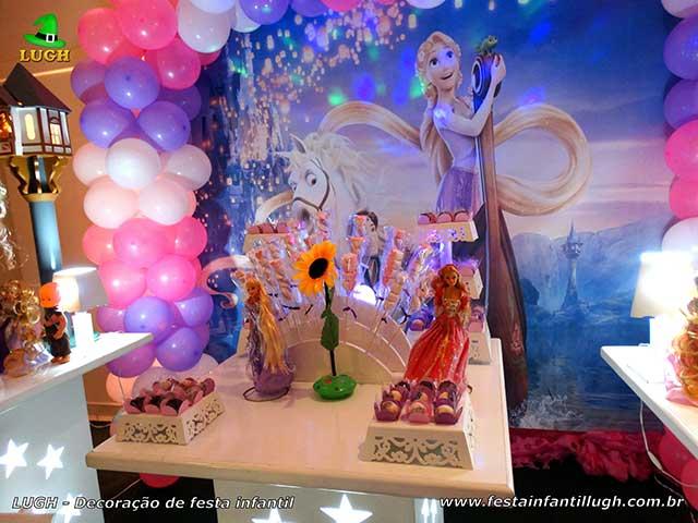 Mesa temática Rapunzel - Os Enrolados - Festa de aniversário infantil