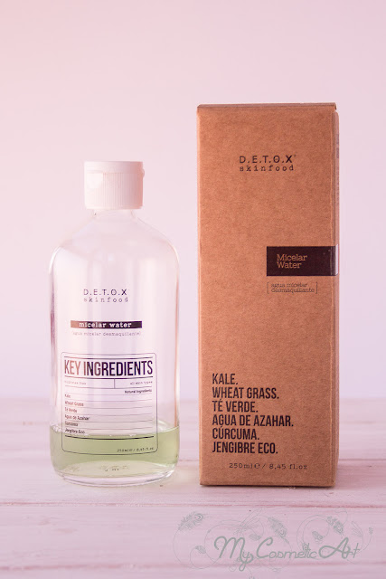 Limpieza facial con Detox Skinfood: agua micelar