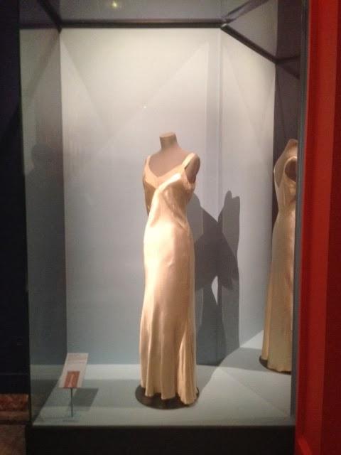 Lanvin - Le roman d une garde-robe - Musée Carnavalet 8501f6eba4bd
