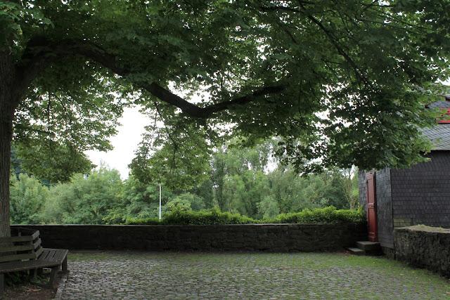 Schloss Burg Solingen Schlossplatz Ausflugstipp Ferientipp mit Kindern Bergisches Land