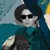 """Um heroína urbana salva um """"bebado bosta"""" em """"Up All Night"""", clipe de novo single de Beck!"""