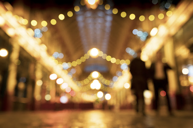 Bokeh - Leadenhall market - Christmas Lights Photo tips and techniques - Ashley Laurence