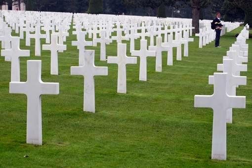 Guia Dos Significados: Guia De Significados De Sonhos: Sonhar Com Cemitério: Veja