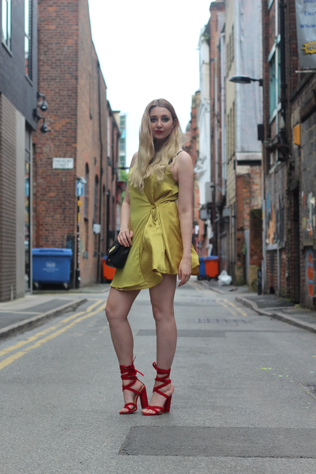 mustard fashion trend fashion blog