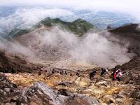 jalur pendakian gunung Merapi dan Tips pendakiannya