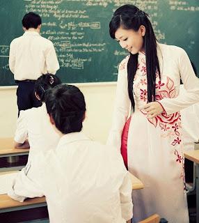 Gia sư lớp 12-Dạy kèm TLH, Anh Văn lớp 12 tại nhà