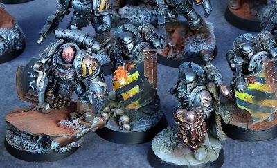 [Iron warriors] Lines breakers, la photo de l'armée!