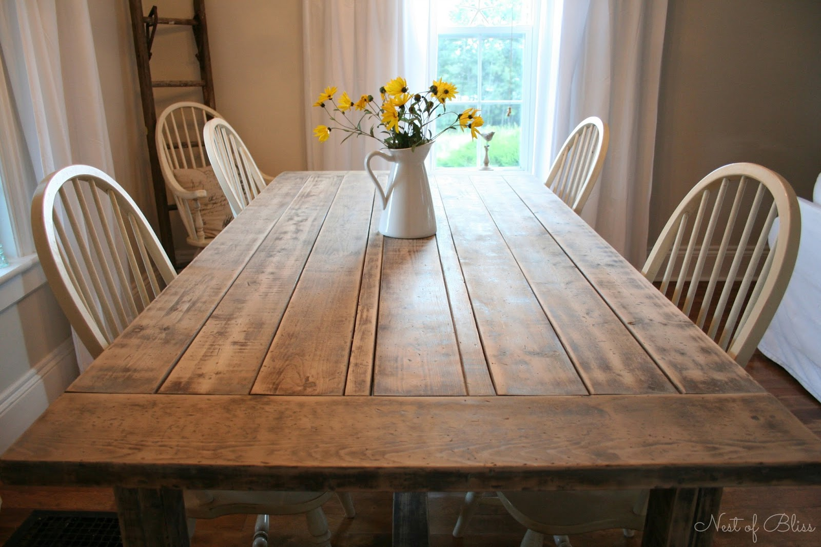 Small Rustic Kitchen Table: Farmhouse Table Makeover