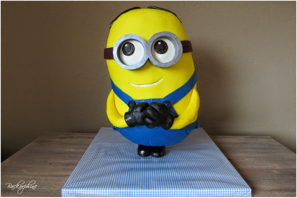 Tutorial Minion Cake