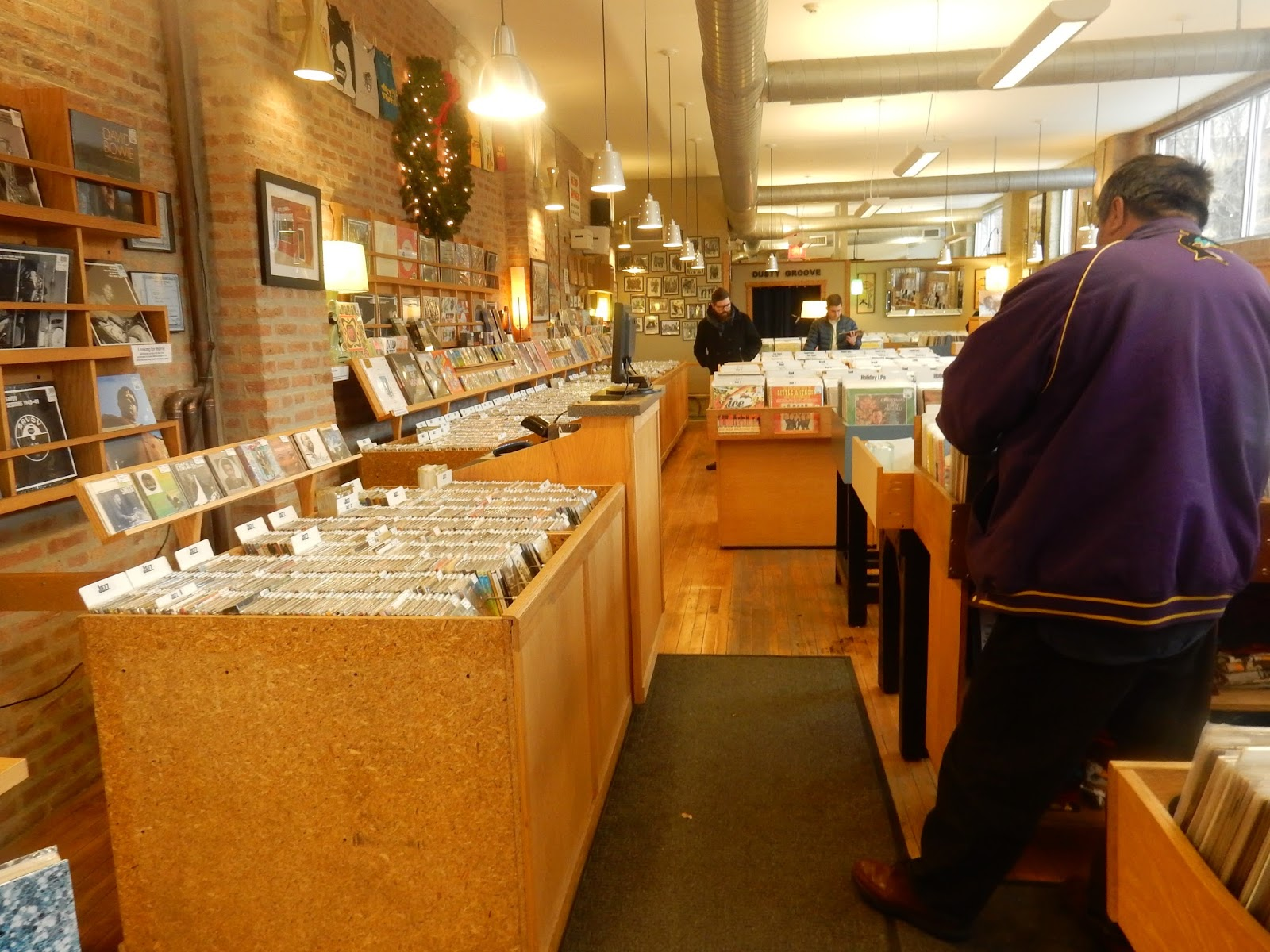 Dusty Groove: Record Shops