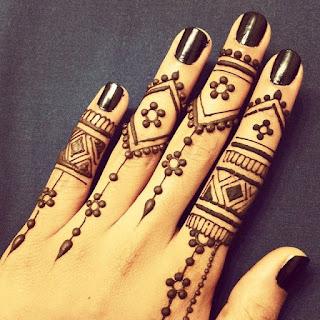tato henna tangan simple