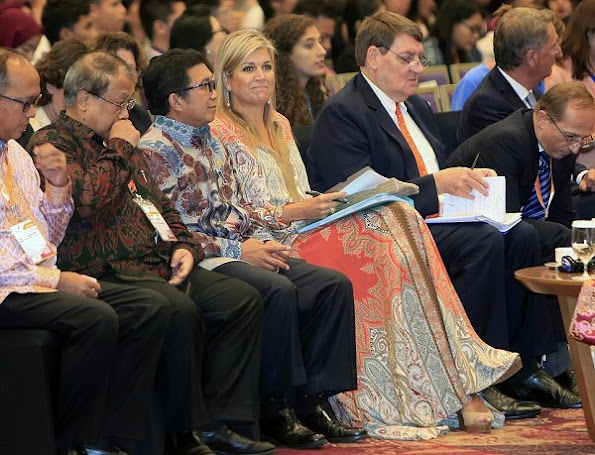 Queen Maxima at the OJK' FinTech Festival and Conference. Queen Maxima Multicolor Paisley Print Skirt and Blouse