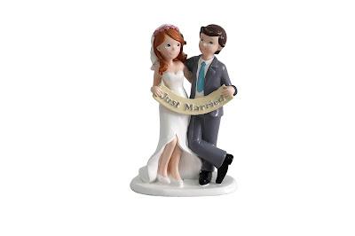 una simpática pareja de recien casados para decorar tu tarta de boda