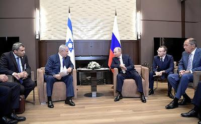 Vladimir Putin with Prime Minister of Israel Benjamin Netanyahu.