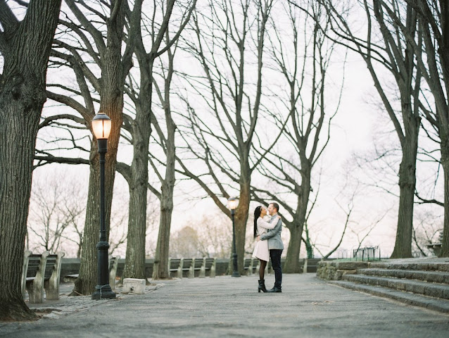 engaged couple at Ft. Tryon Park, NYC