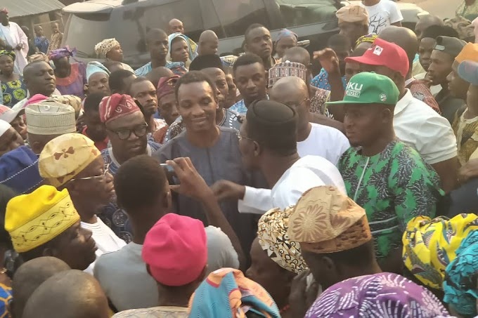 EKITI 2019: Adewale Leads ADP Supporters Back To PDP, Donates N1M To The Party