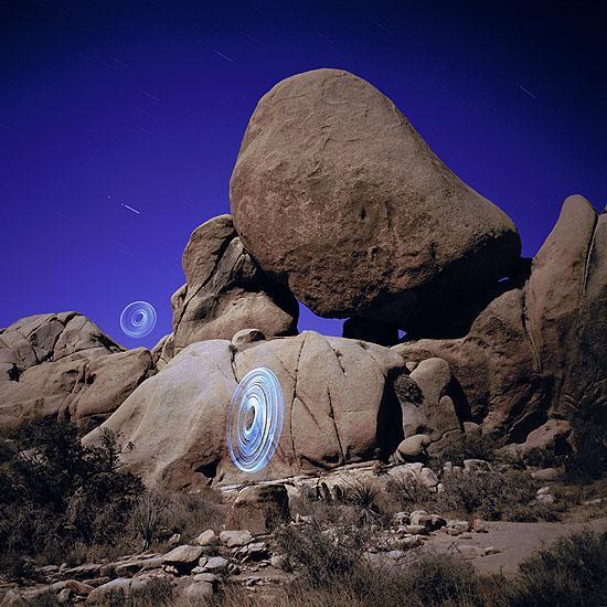 paisajes con light graffiti o pintura con luz.