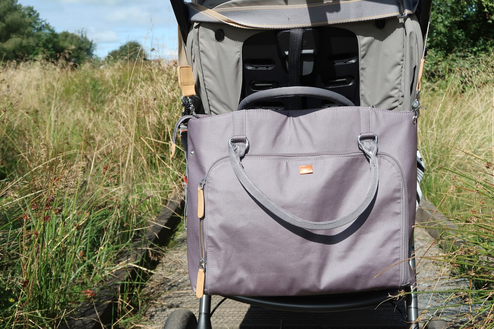 Pacapod changing bag review mirano pewter photos uk family mummy vlogger