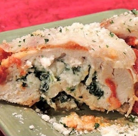 CHICKEN STUFFED WITH SPINACH AND RICOTTA CHEESE #dinner #food