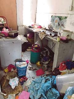 Tiga Buah Lori Digunakan Bantu Buang Sampah Dalam Rumah 11 Beranak