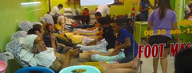 Chinese tourist food massage in Hat Yai