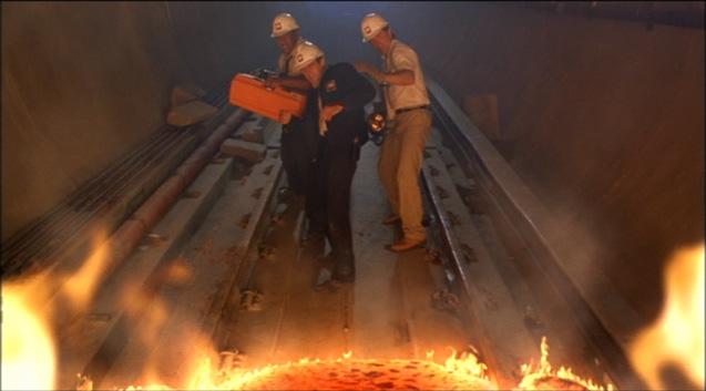 Pop Culture Vomit Bag!: Volcano (1997)