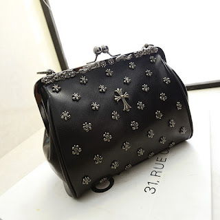 clutch fat black bag for ladies.