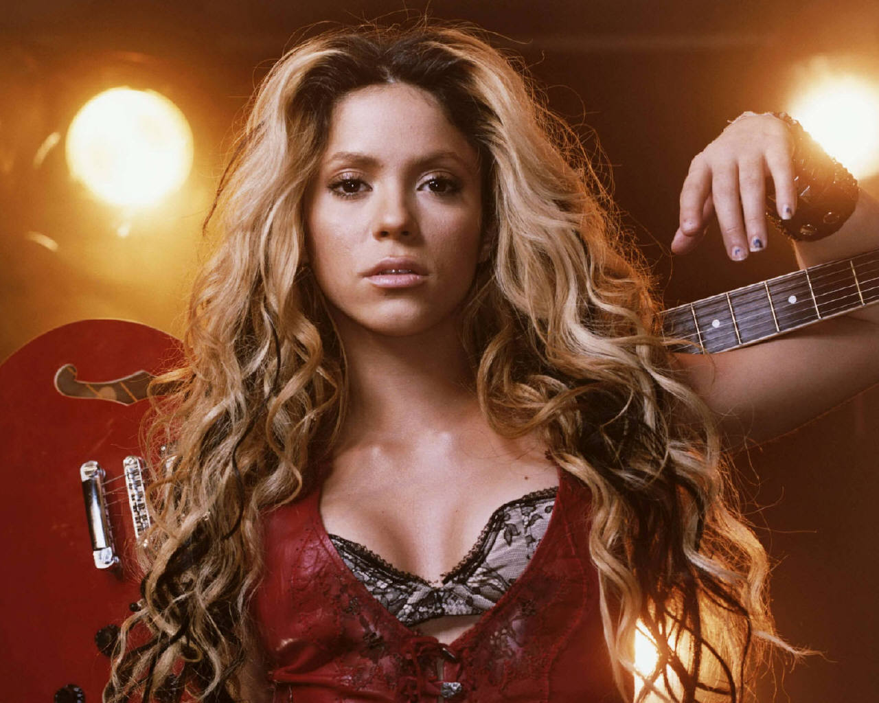 Shakira ~ Download Free Celebrities Wallpapers Shakira