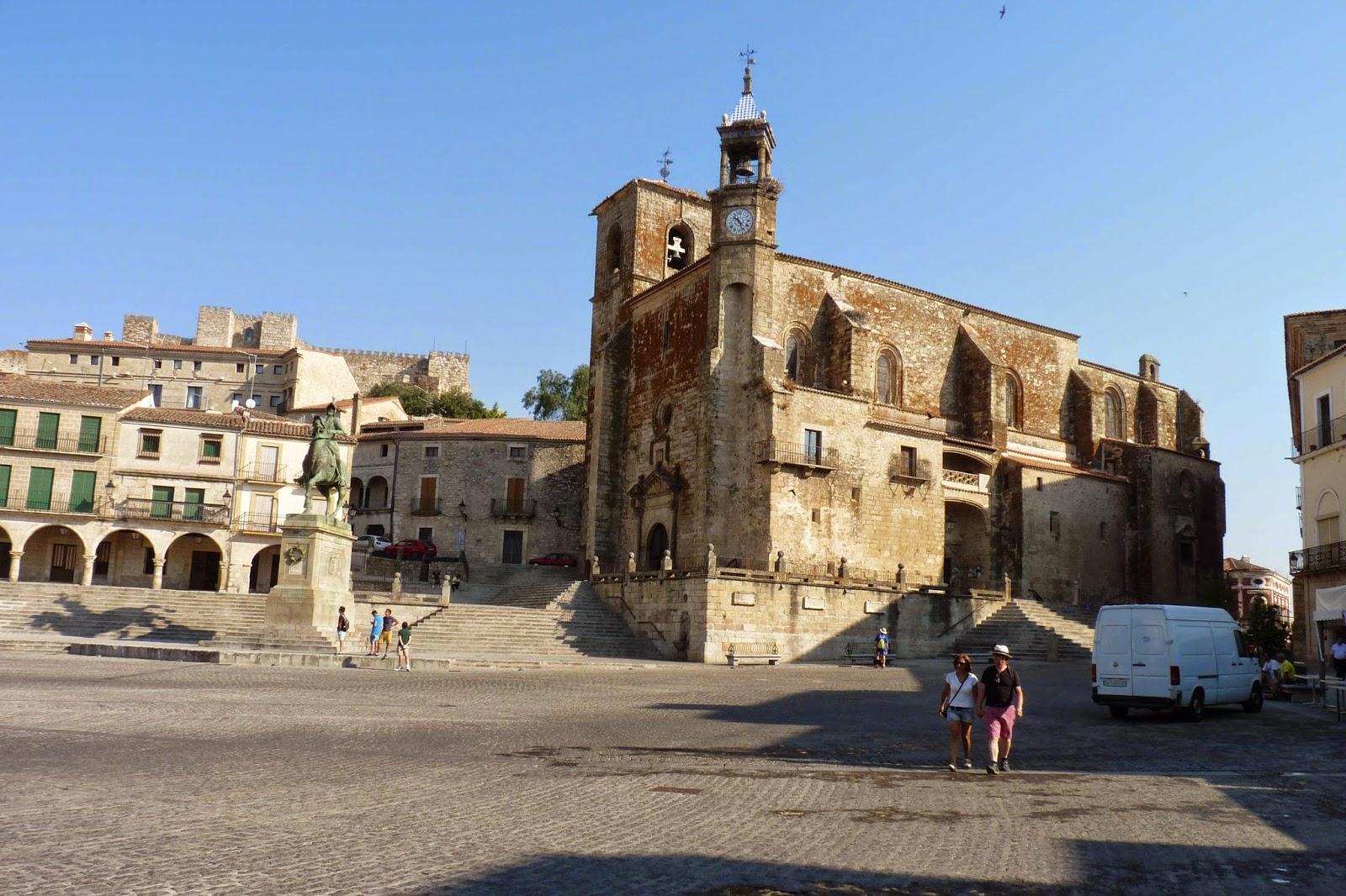 Iglesia de San Martín de Tours de la Plaza Mayor de Trujillo.