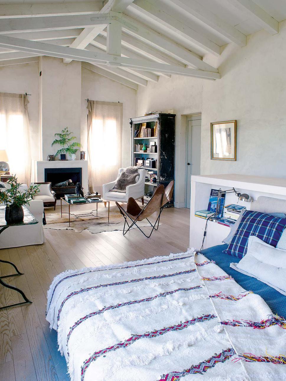 Decordemon An Old Spanish Farmhouse