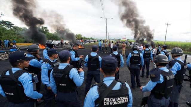 """EEUU monitorea """"muy de cerca"""" crisis desatada en Honduras"""