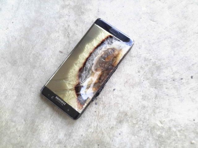 سامسونج تجر إلى المحكمة بسبب انفجار هاتف نوت 7