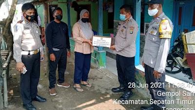 HUT Bhayangkara Ke-75, Polsek Sepatan Gelar Baksos untuk warga Kampung Malang