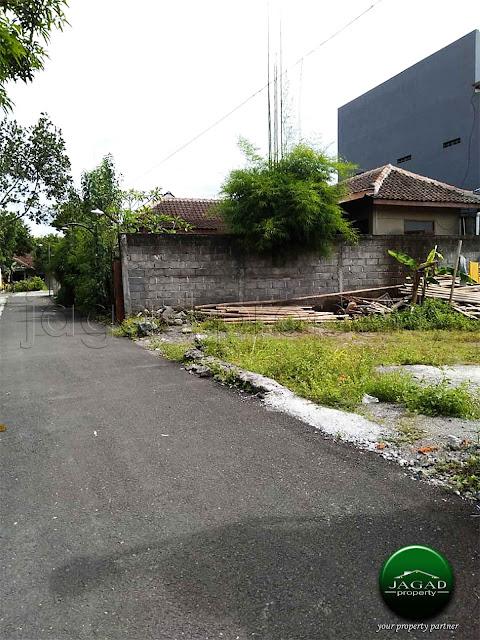 Tanah jalan Pandanaran dekat UII
