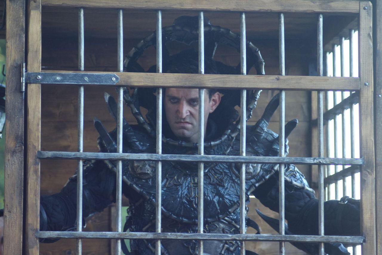 Argus caged