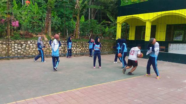 Ekstra Volley Ball