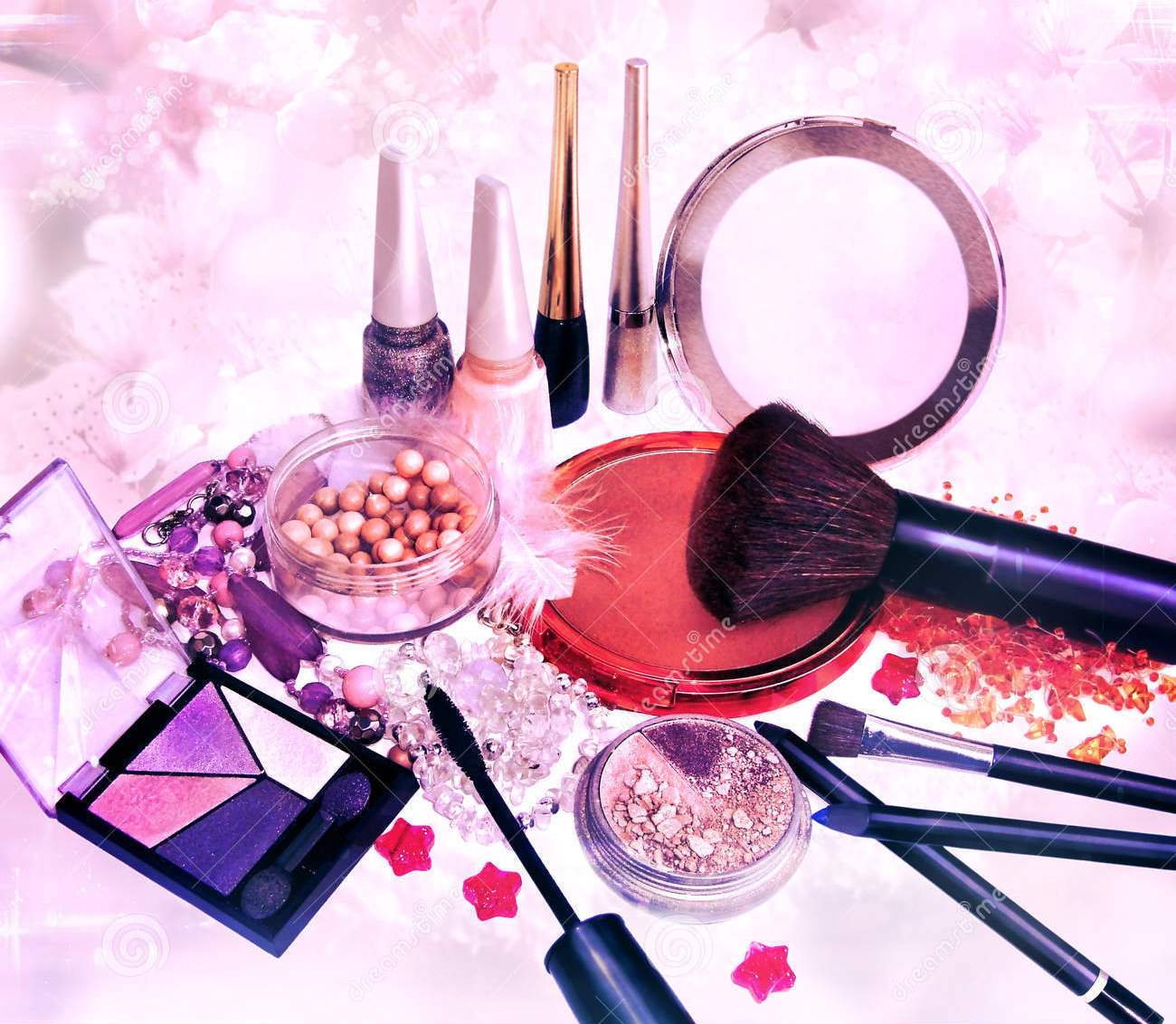Cosmetics: Health Facts, Natural Remedies & Recipes: Wearing Make-Up