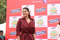 Kajol Looks super cute at the Launch of a New product McVites on 1st April 2017 25.JPG