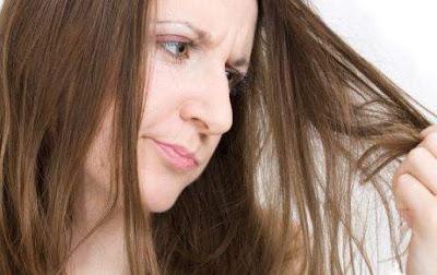 9 Cara Ampuh Dan Praktis Mengatasi Rambut Rontok