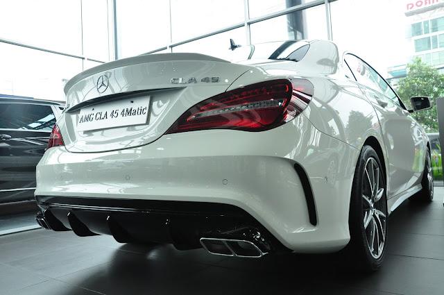 Đuôi xe Mercedes AMG CLA 45 4MATIC 2019 thiết kế mềm mại, lôi cuốn