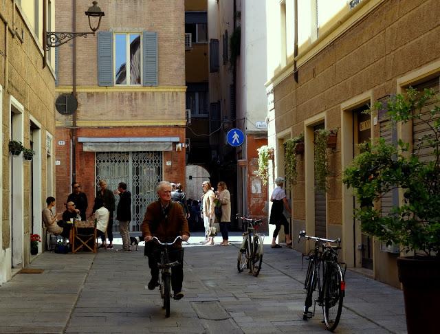 Modena streets
