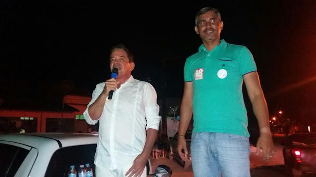 Candidato à prefeito de Escada Dr. Luis Minduca realiza carreata